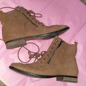 brown ankle boots/ SAM EDELMAN